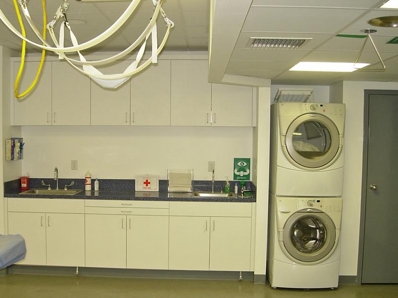 foard_alt1_washer_sinks_cabinets