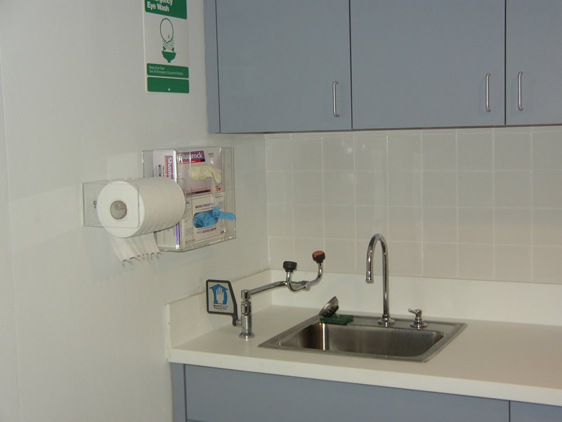 campbell_alt4_Preparation_Room_Design_Embalming_Equipment